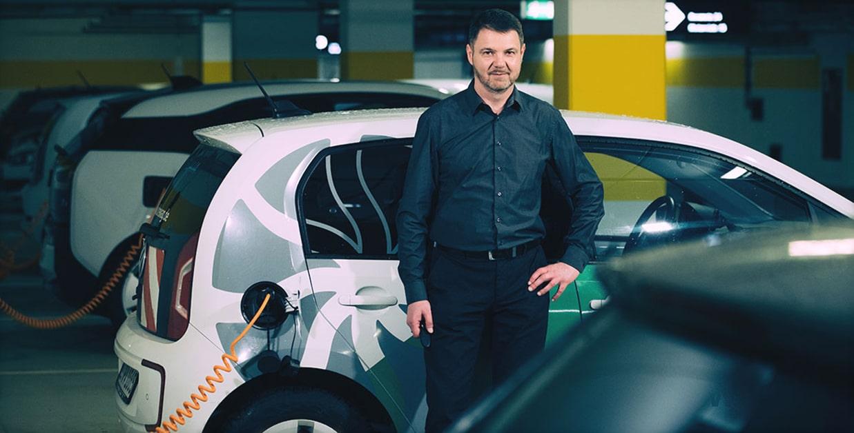 Sven Hirschmann im Interview zum Fuhrpark mit Elektroautos
