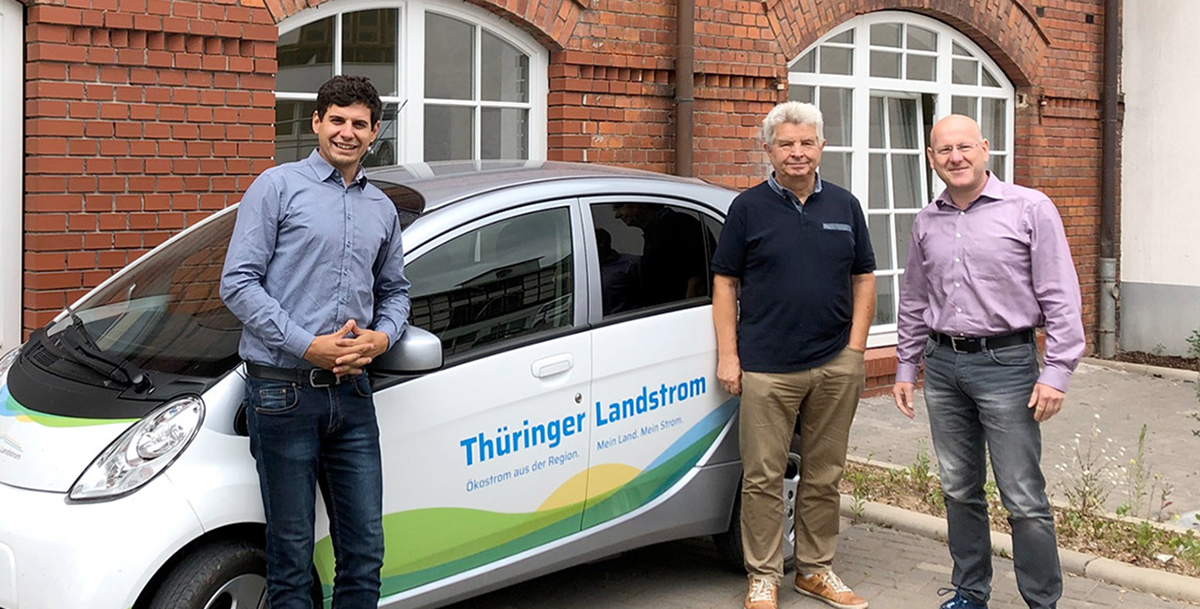 Beitragsbild_Praxistest_Diakonie_Nordhausen_Intrasol_Elektroauto_umschalten.de
