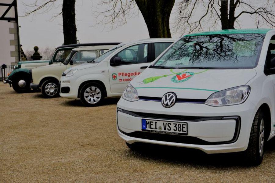 Frontansicht neues E-Auto der Volkssolidarität Elbtalkreis Meißen
