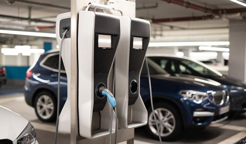 Ladestation für Elektroauto in Tiefgarage