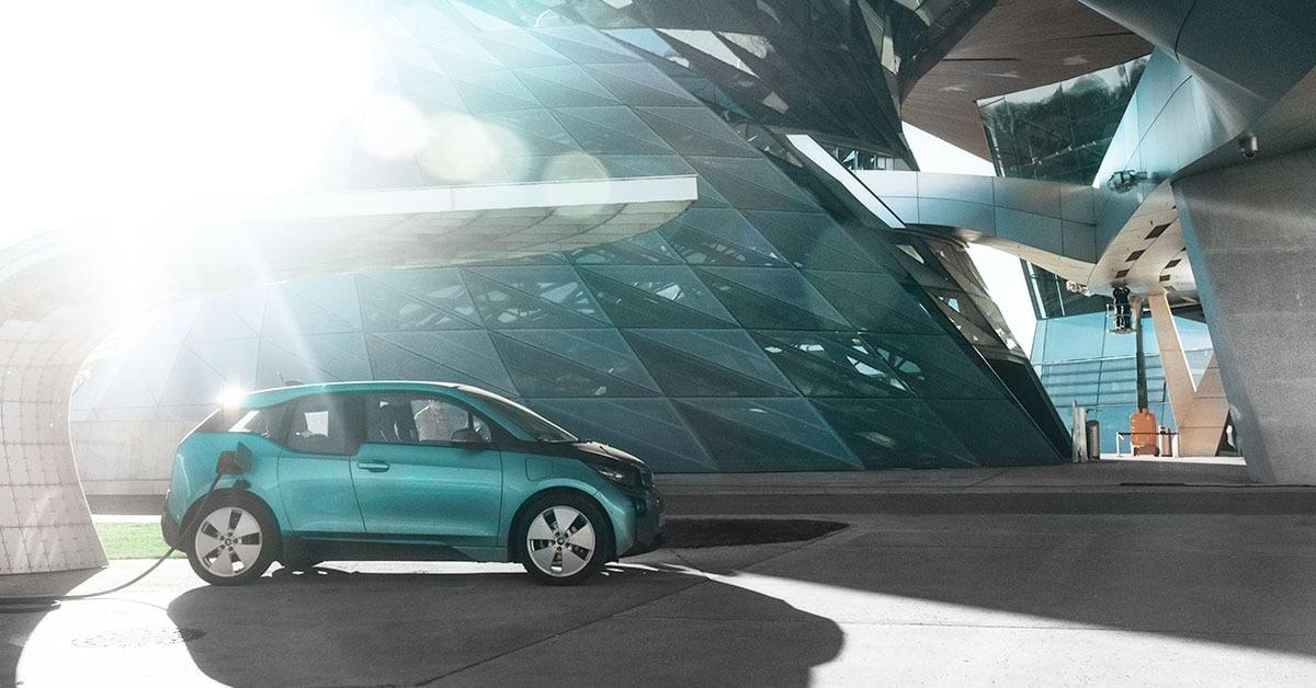 Unternehmensflotten auf Elektromobilität umstellen – für wen es sich lohnt!